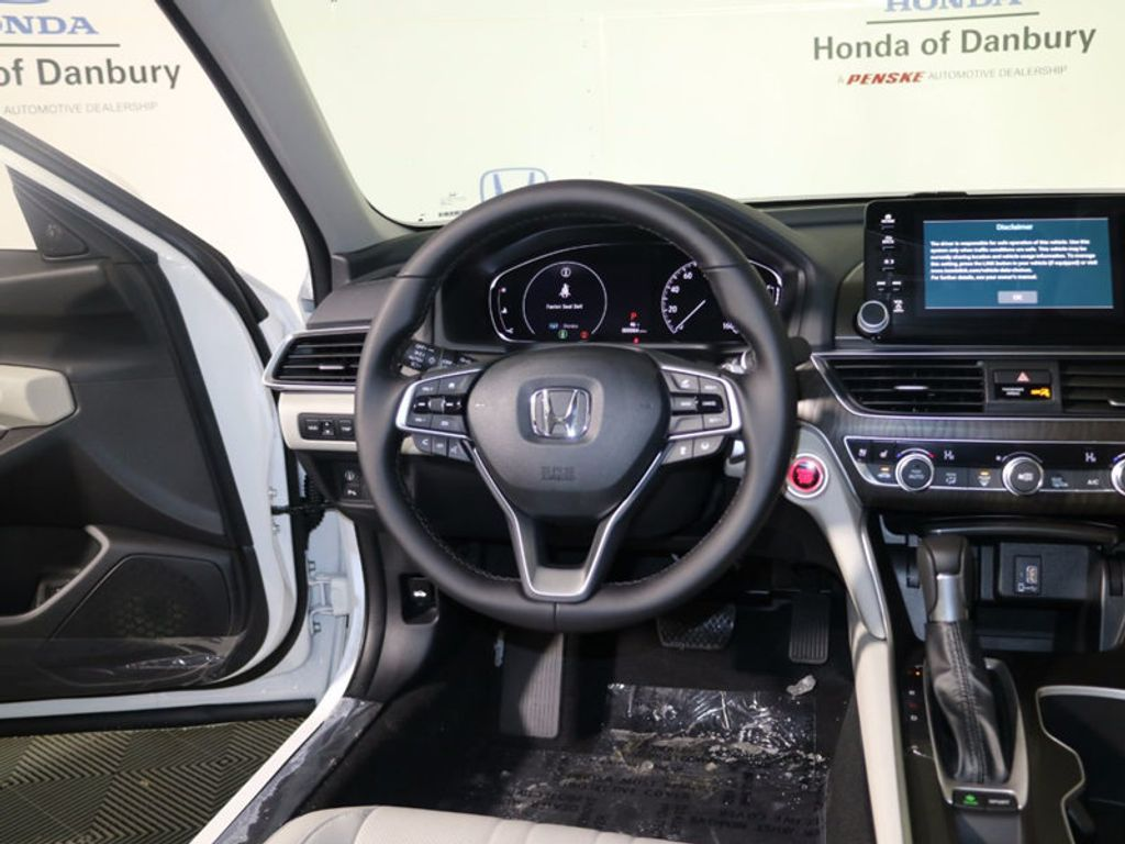 2018 Honda Accord Sedan Touring CVT - 17130108 - 13