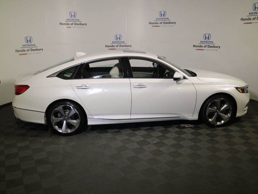 2018 Honda Accord Sedan Touring CVT - 17130108 - 2