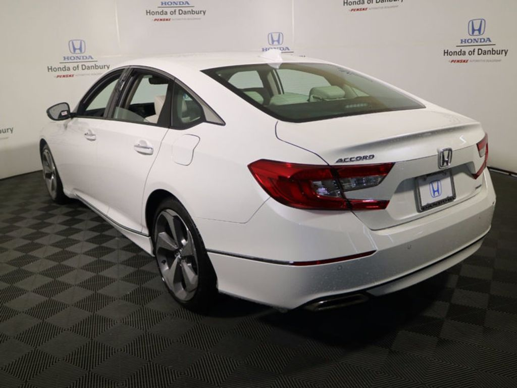 2018 Honda Accord Sedan Touring CVT - 17130108 - 4