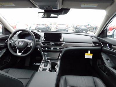 2018 Honda Accord Sedan Touring CVT - Click to see full-size photo viewer