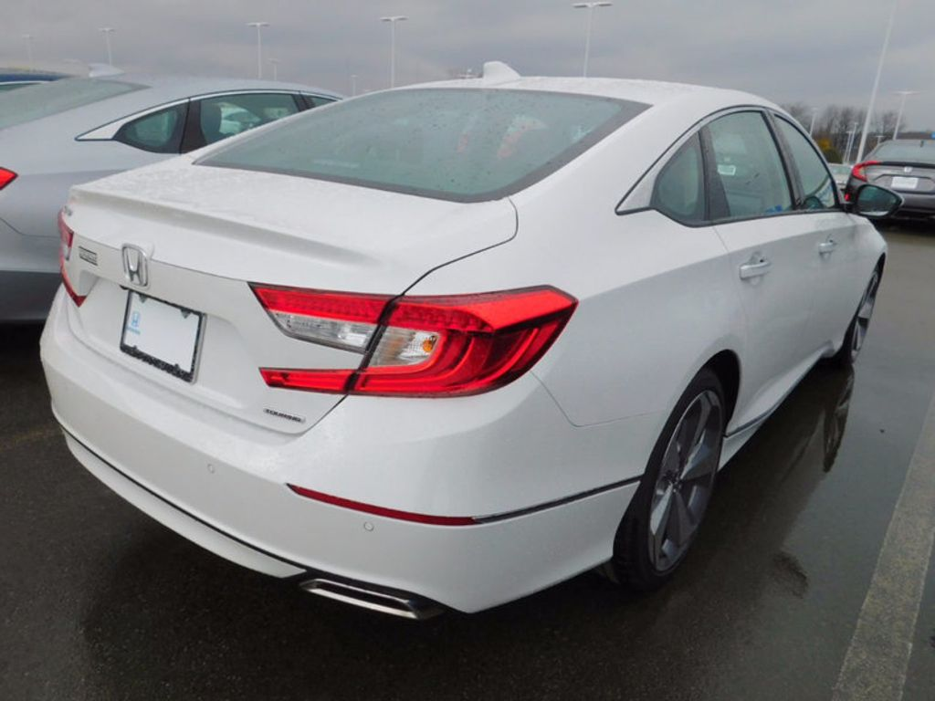 2018 Honda Accord Sedan Touring CVT - 17086976 - 2