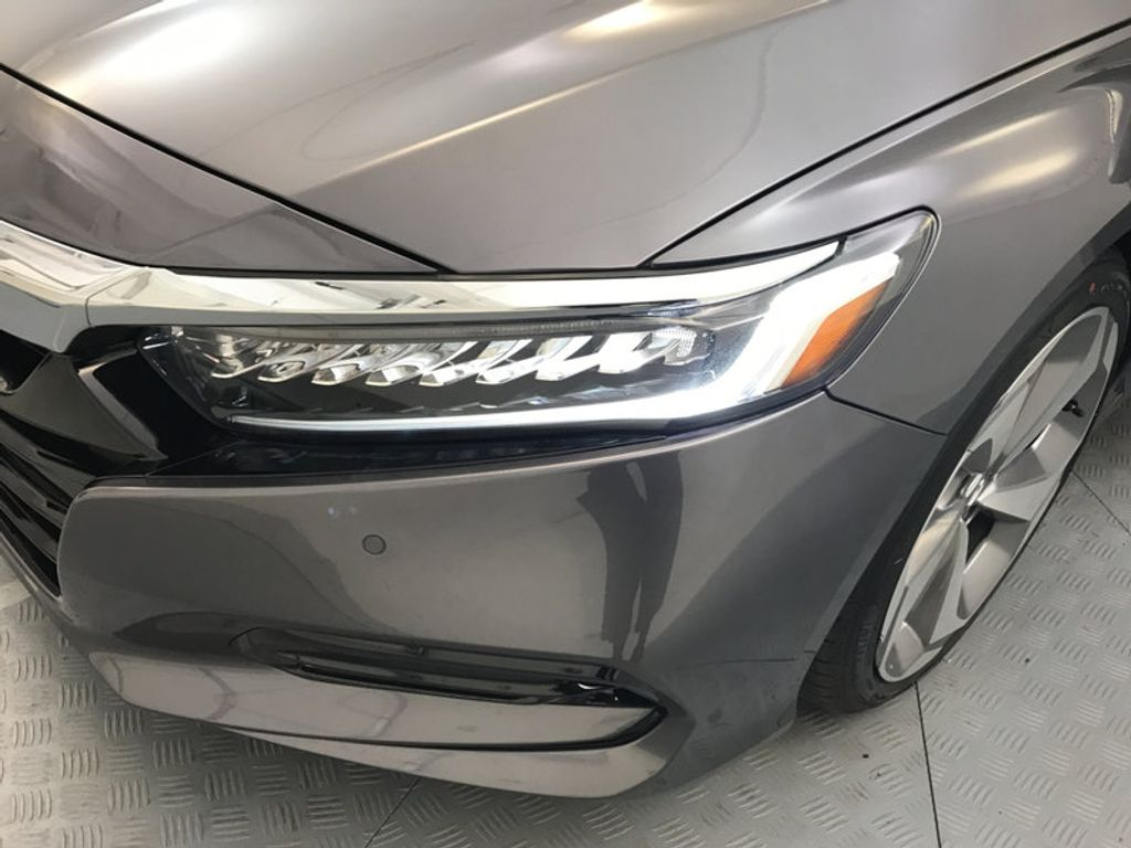 2018 Honda Accord Sedan Touring CVT - 16990151 - 9