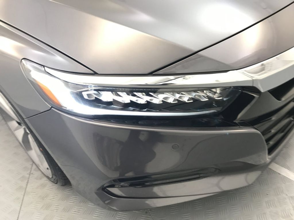 2018 Honda Accord Sedan Touring CVT - 16990151 - 14