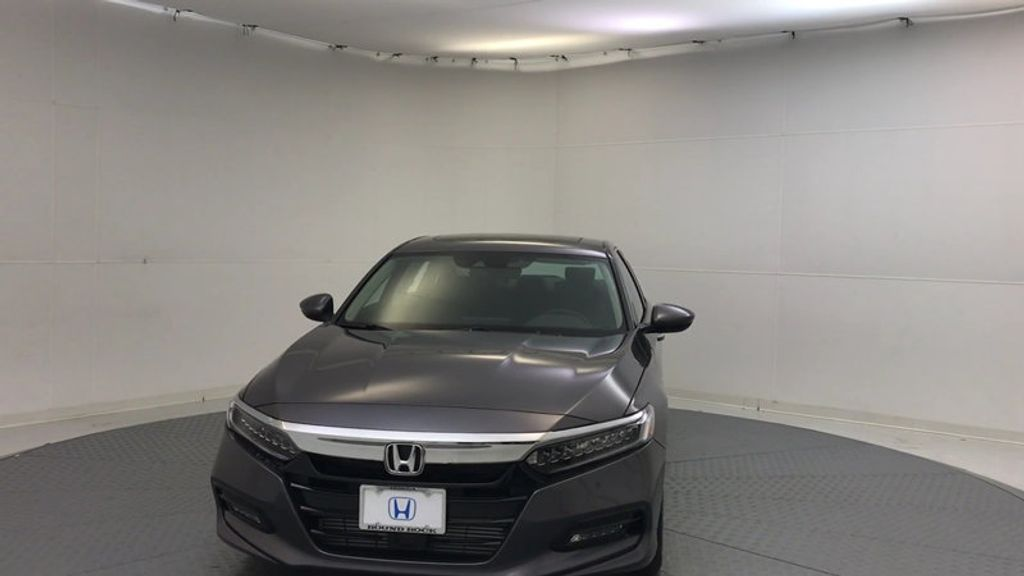2018 Honda Accord Sedan Touring CVT - 16990151 - 2