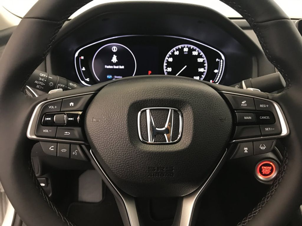 2018 Honda Accord Sedan Touring CVT - 17113813 - 31