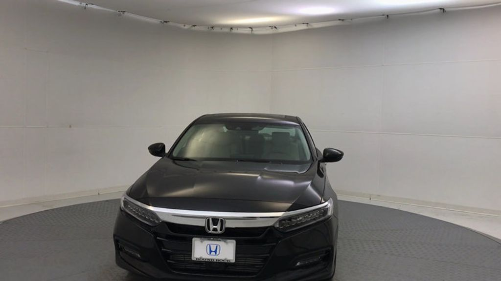 2018 Honda Accord Sedan Touring CVT - 17186557 - 2