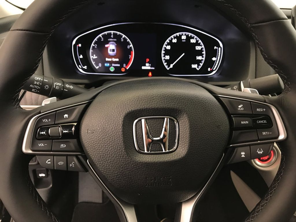 2018 Honda Accord Sedan Touring CVT - 17186557 - 31
