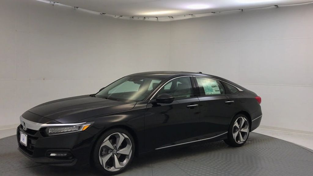 2018 Honda Accord Sedan Touring CVT - 17186557 - 3
