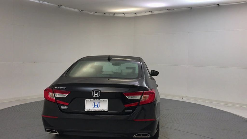 2018 Honda Accord Sedan Touring CVT - 17186557 - 6