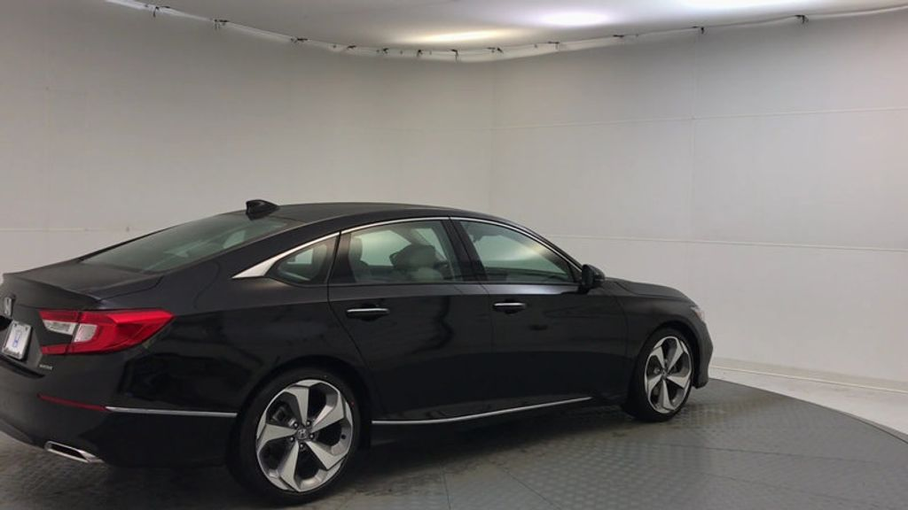 2018 Honda Accord Sedan Touring CVT - 17186557 - 7
