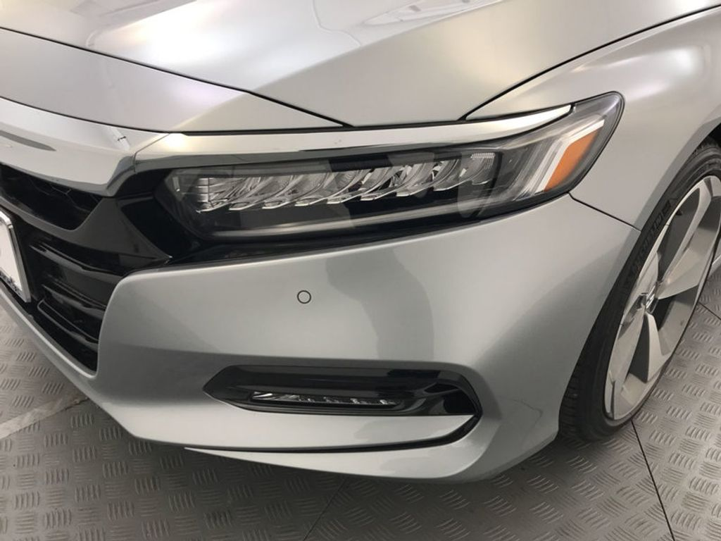 2018 Honda Accord Sedan Touring CVT - 17532732 - 9
