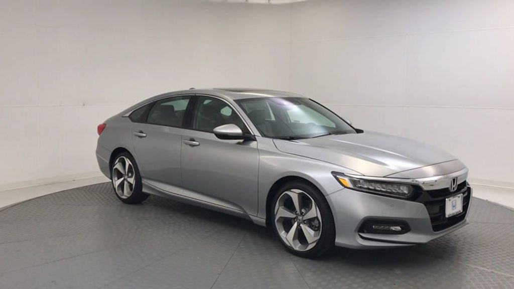 2018 Honda Accord Sedan Touring CVT - 17532732 - 1