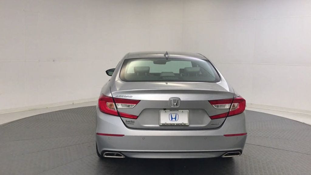 2018 Honda Accord Sedan Touring CVT - 17532732 - 6