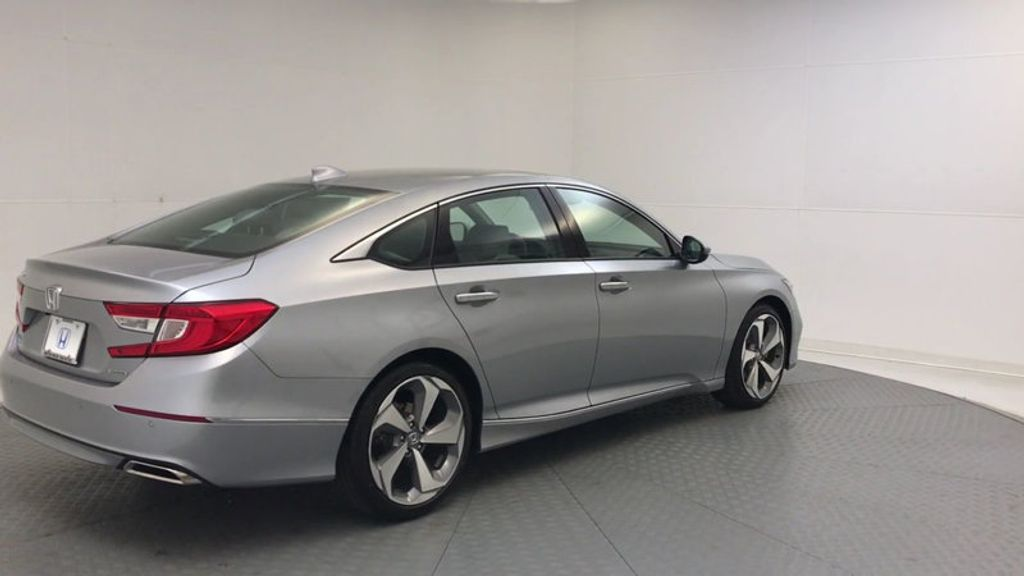 2018 Honda Accord Sedan Touring CVT - 17532732 - 7