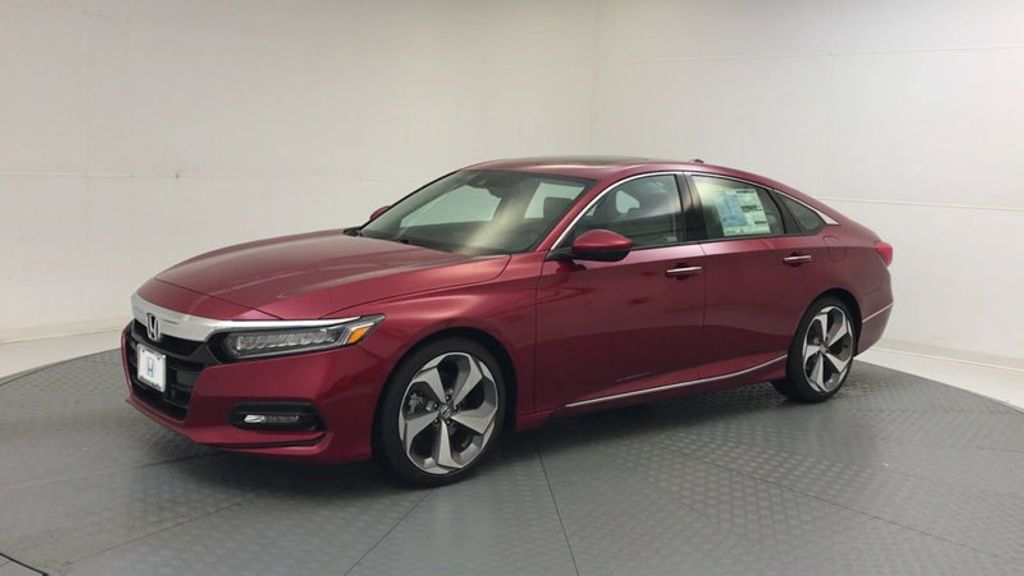 2018 Honda Accord Sedan Touring CVT - 17791931 - 3