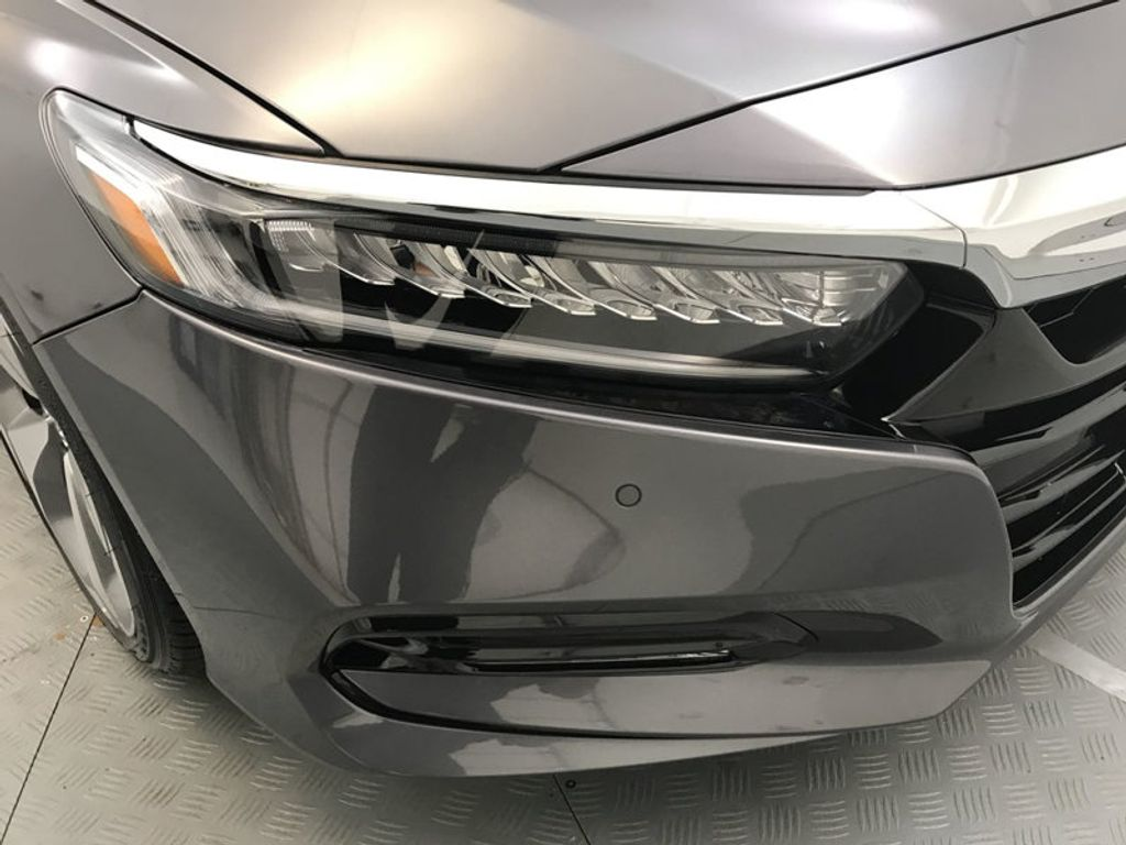 2018 Honda Accord Sedan Touring CVT - 17805378 - 14