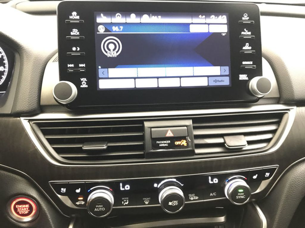 2018 Honda Accord Sedan Touring CVT - 18031136 - 33