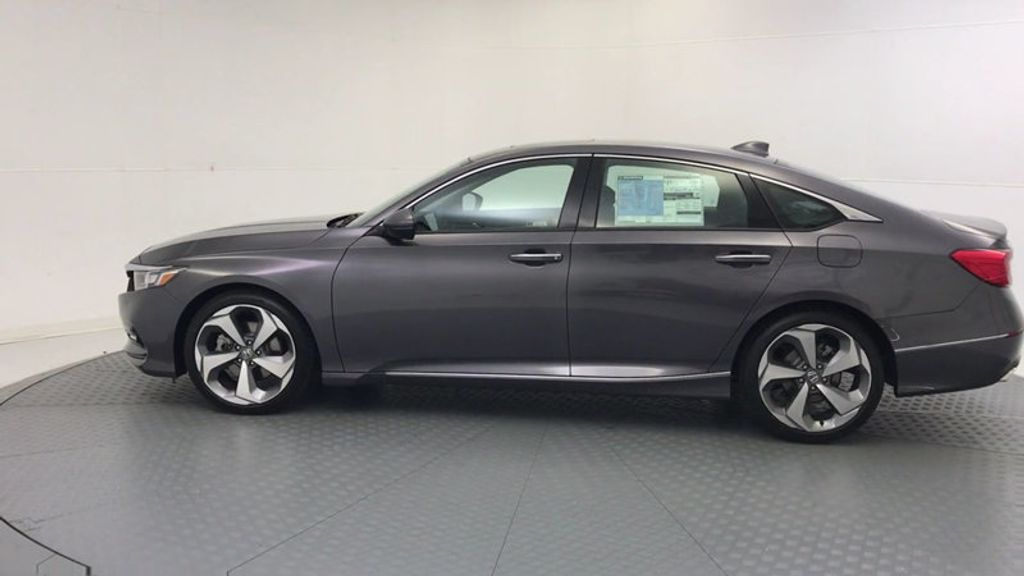2018 Honda Accord Sedan Touring CVT - 18031136 - 4