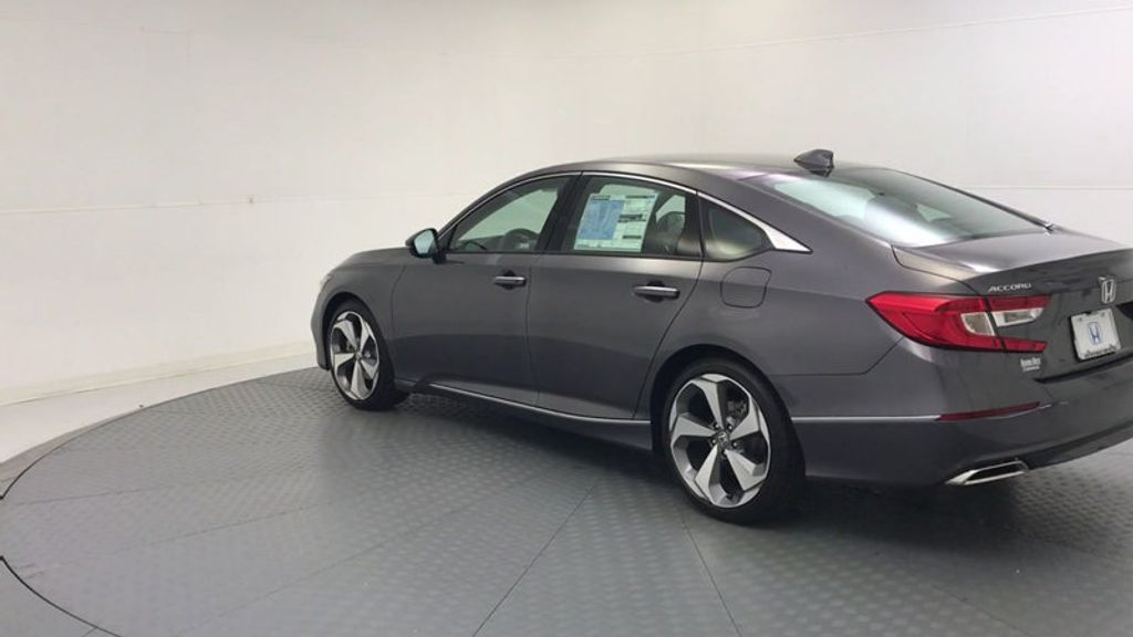 2018 Honda Accord Sedan Touring CVT - 18031136 - 5