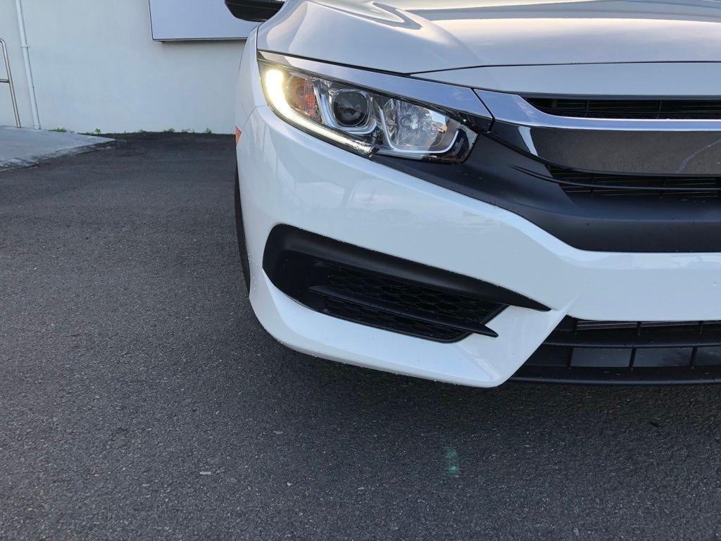 2018 Honda Civic Coupe LX CVT - 18150170 - 11