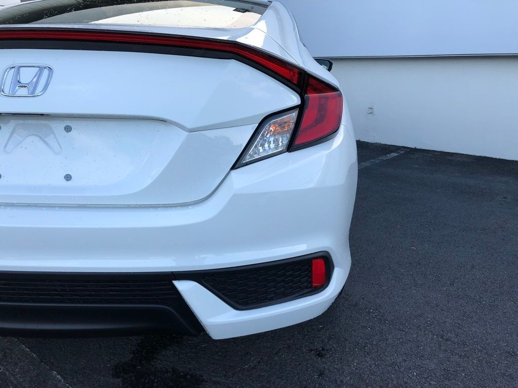 2018 Honda Civic Coupe LX CVT - 18150170 - 14