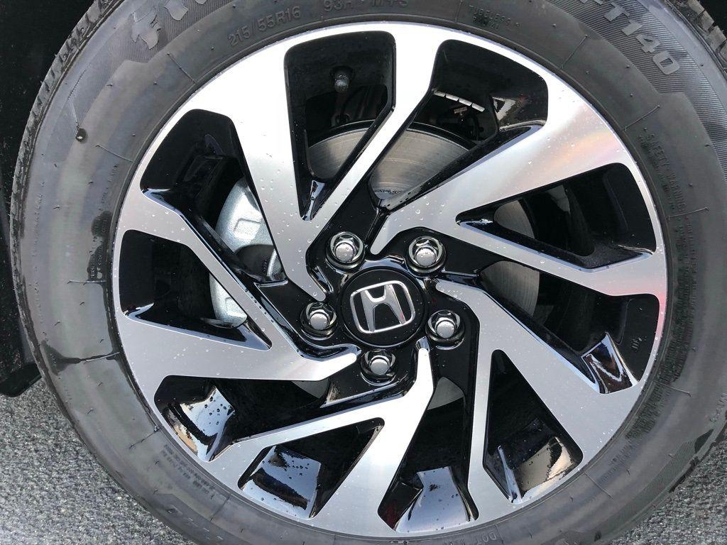 2018 Honda Civic Coupe LX CVT - 18150170 - 32