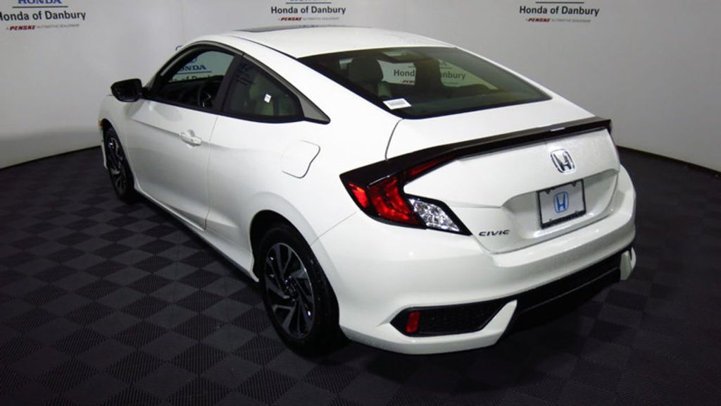 2018 Honda Civic Coupe LX-P CVT - 17898057 - 4