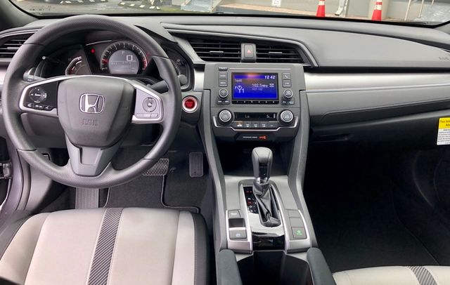 2018 Honda Civic Coupe LX-P CVT - 18083283 - 13