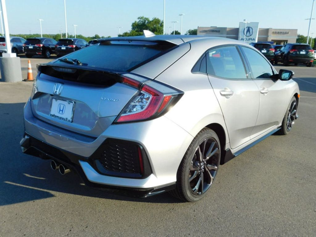 2018 Honda Civic Hatchback Sport CVT - 17853986 - 2