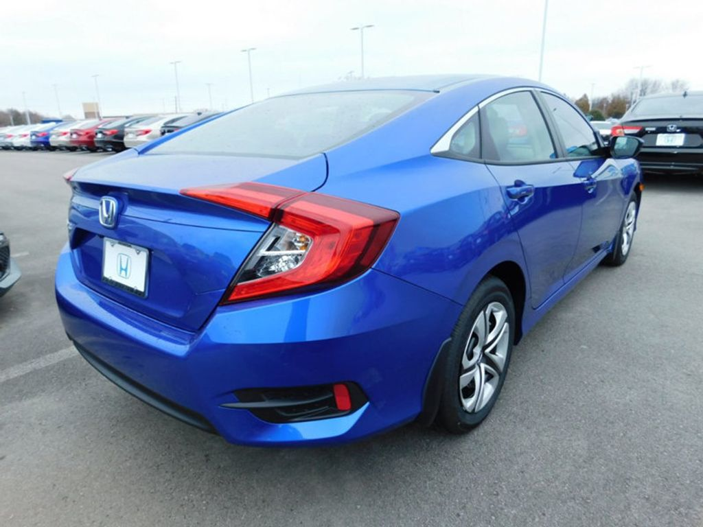 2018 Honda Civic Sedan LX CVT - 18322284 - 2
