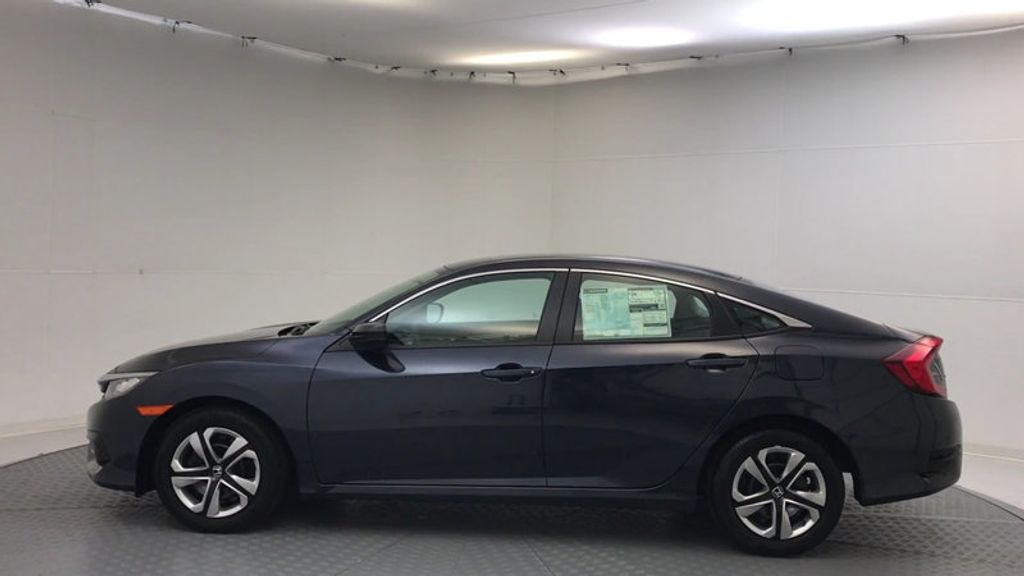 2018 Honda Civic Sedan LX CVT - 17038720 - 4