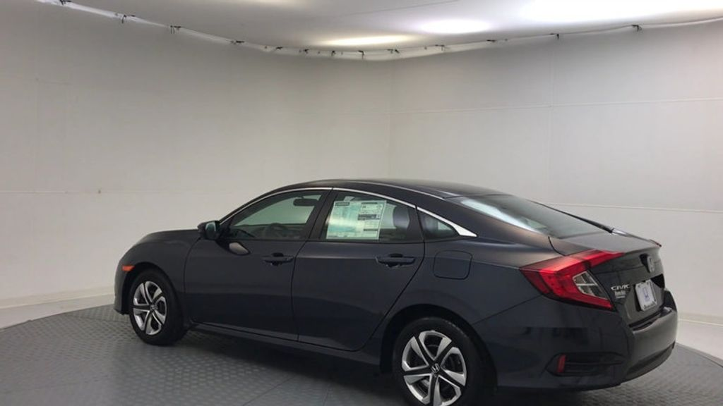 2018 Honda Civic Sedan LX CVT - 17038720 - 5