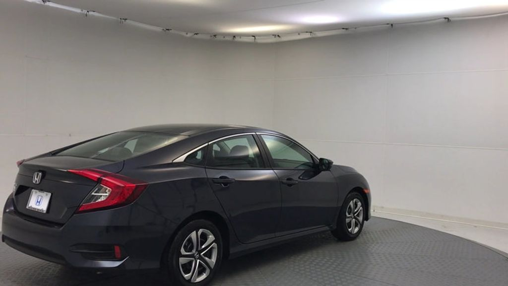 2018 Honda Civic Sedan LX CVT - 17038720 - 7