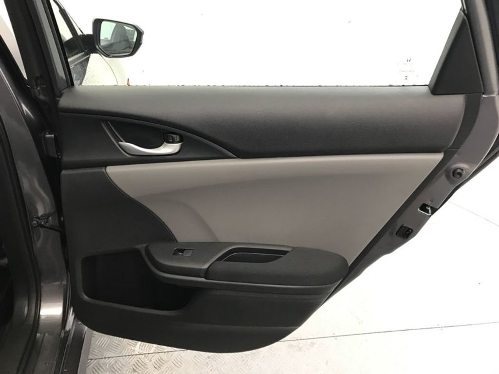 2018 Honda Civic Sedan LX CVT - 18077321 - 23