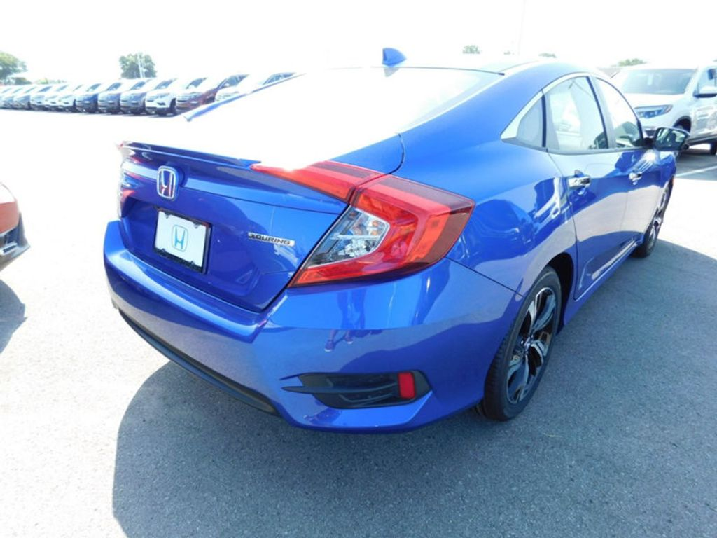 2018 Honda Civic Sedan Touring CVT - 17893696 - 2