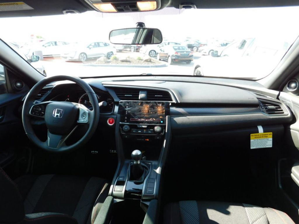 2018 Honda Civic Si Sedan  - 17528957 - 11