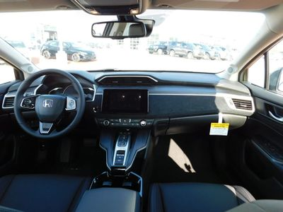2018 Honda Clarity Plug-In Hybrid CLARITY PLUG-IN CLARITY PLUG-IN TRG - Click to see full-size photo viewer