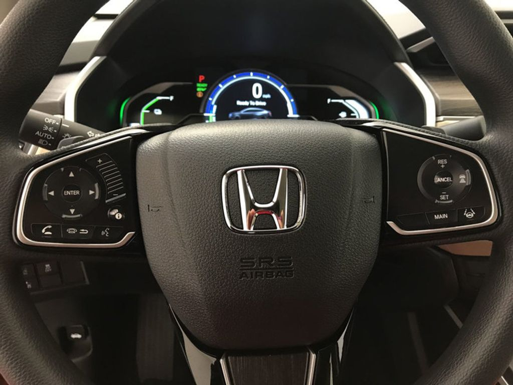 2018 Honda Clarity Plug-In Hybrid Sedan - 17423952 - 31