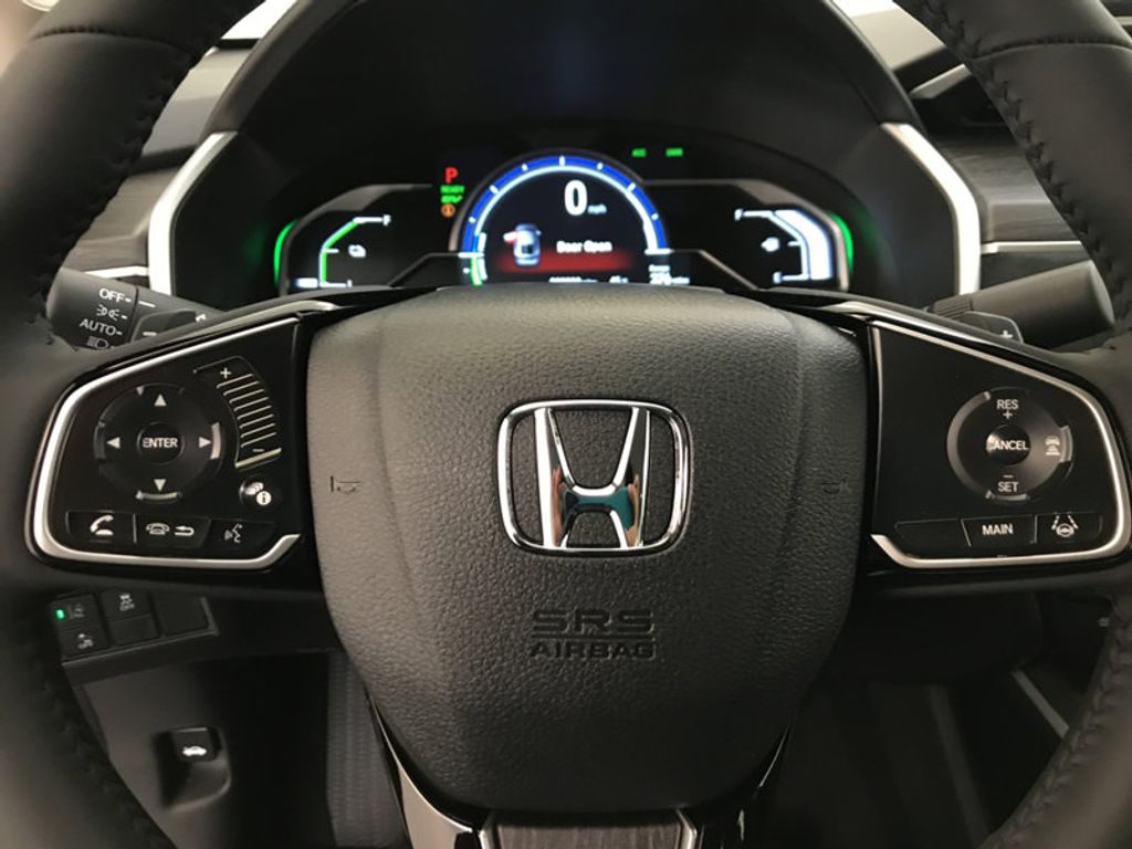 2018 Honda Clarity Plug-In Hybrid Touring Sedan - 17204923 - 31
