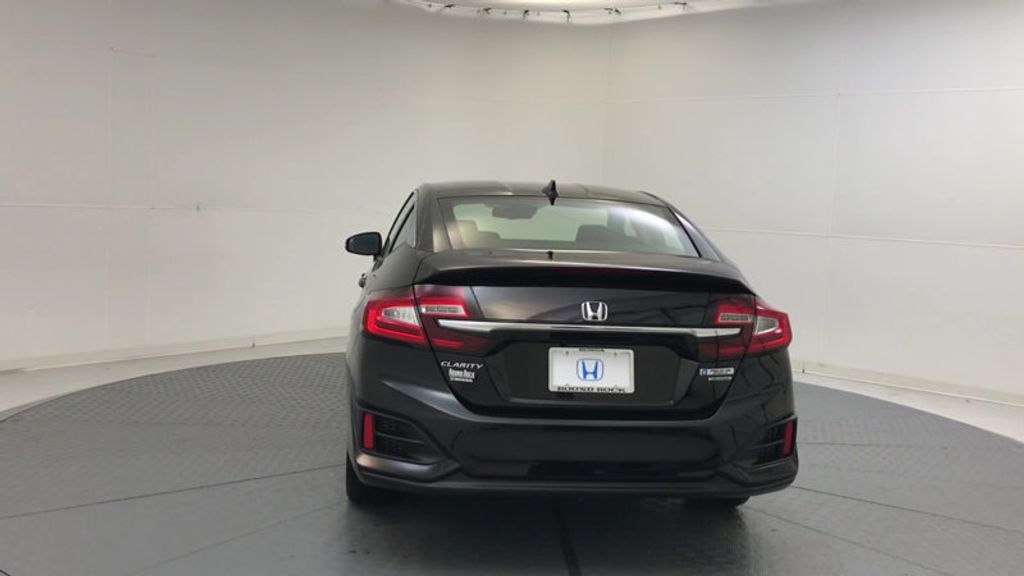 2018 Honda Clarity Plug-In Hybrid Touring Sedan - 17204923 - 6