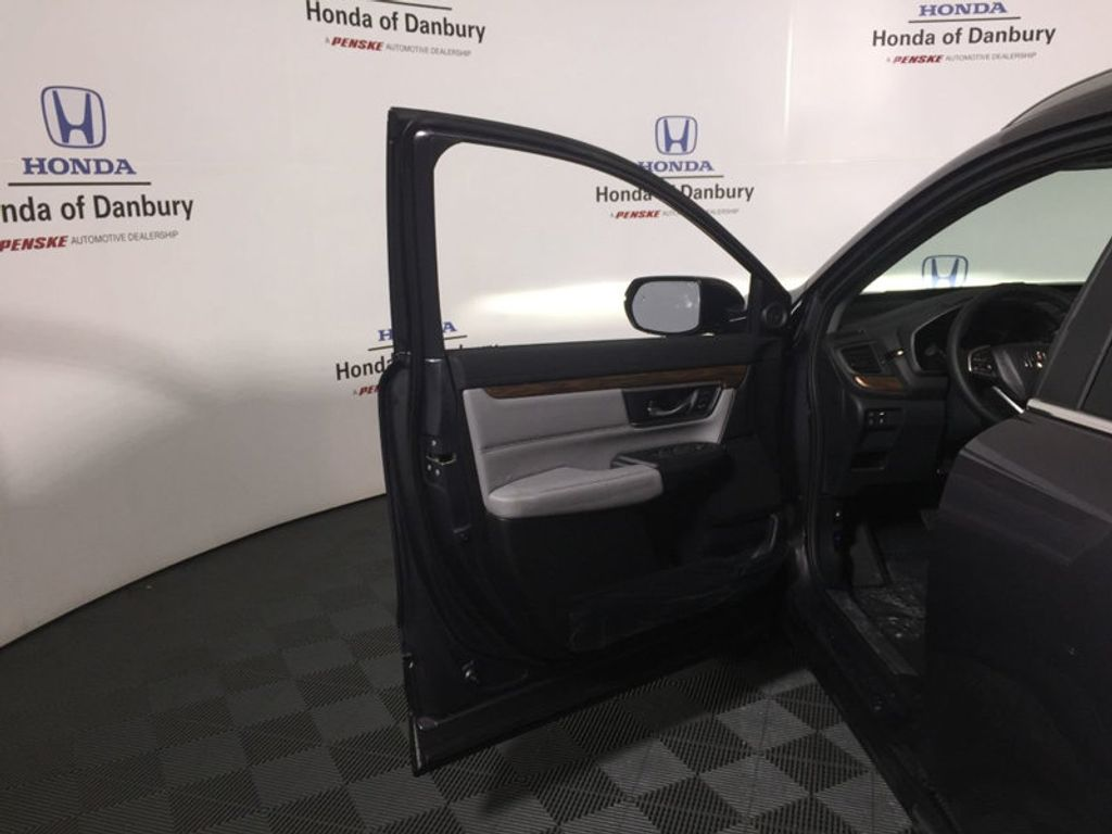 2018 Honda CR-V Touring AWD - 17314148 - 12