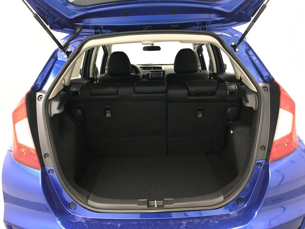 2018 Honda Fit LX Manual - 17105601 - 16