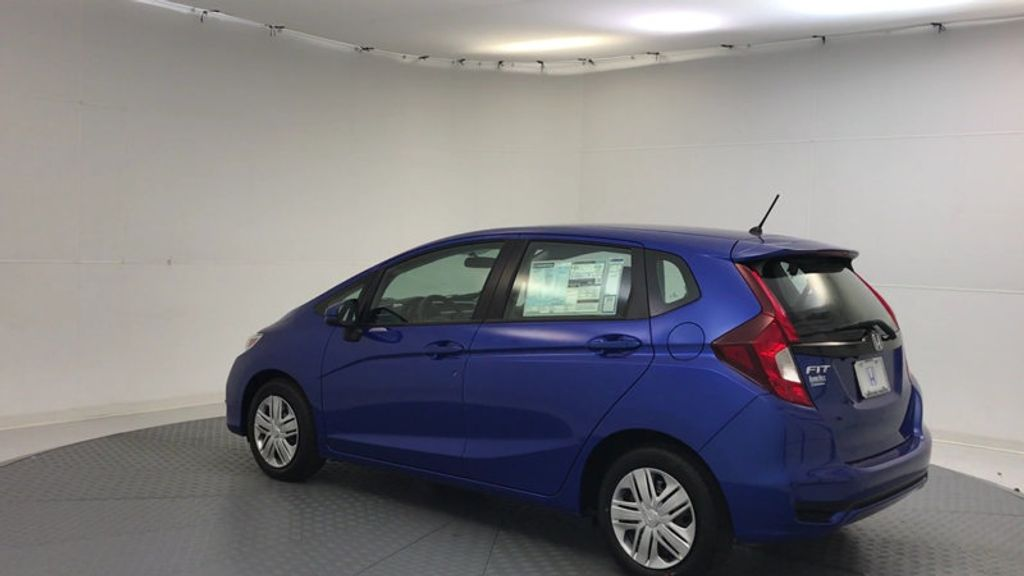 2018 Honda Fit LX Manual - 17105601 - 5