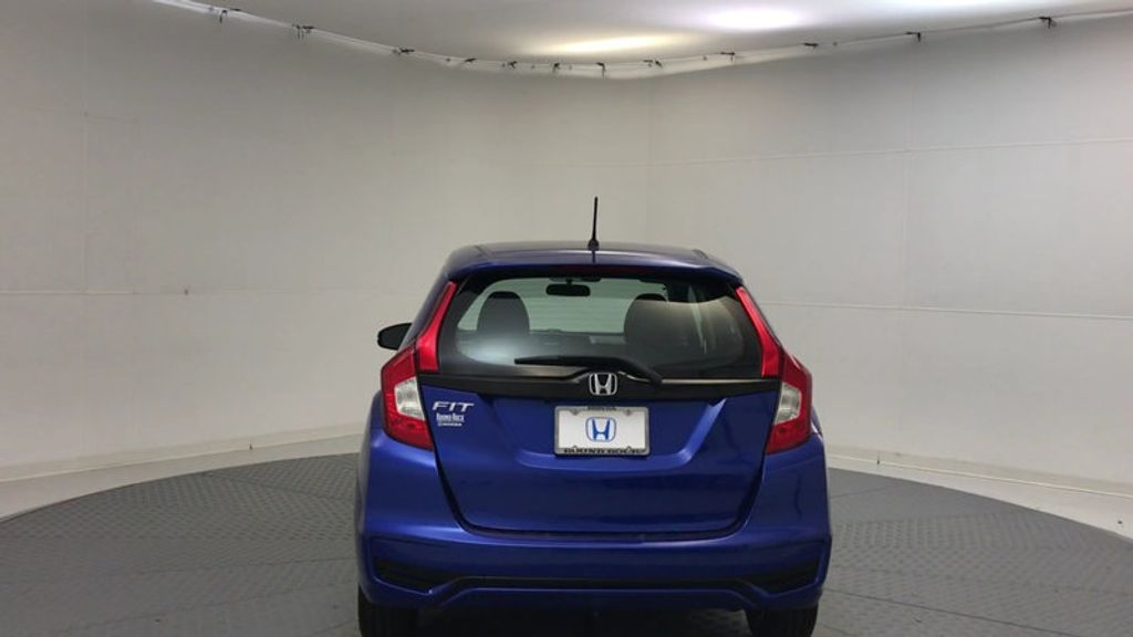 2018 Honda Fit LX Manual - 17105601 - 6