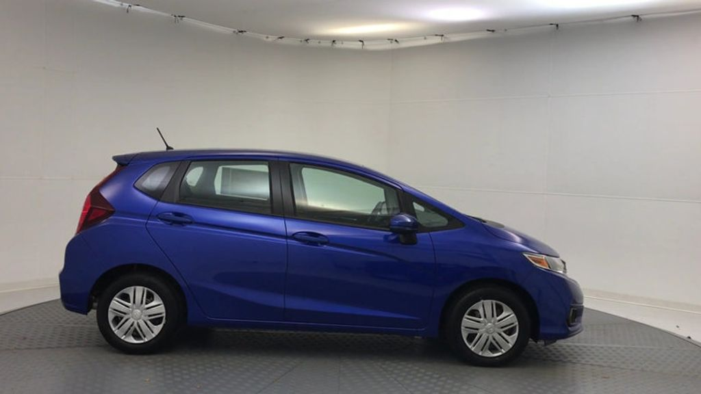 2018 Honda Fit LX Manual - 17105601 - 8