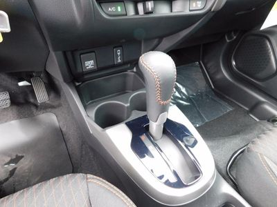 2018 Honda Fit Sport CVT - Click to see full-size photo viewer