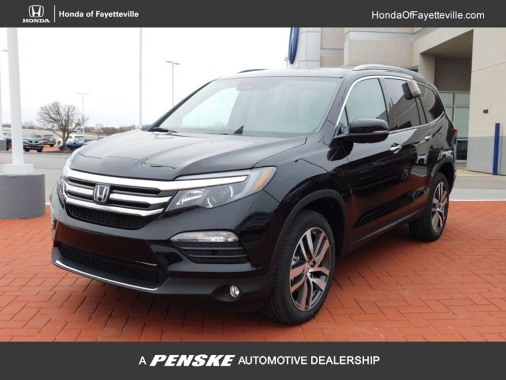 Dealer Video - 2018 Honda Pilot Touring AWD - 17181719