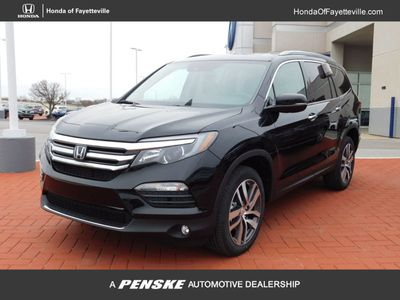 New 2018 Honda Pilot Touring AWD SUV