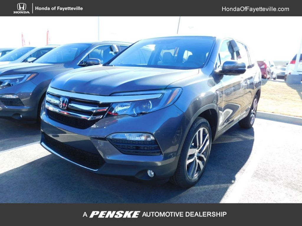 Dealer Video - 2018 Honda Pilot Touring AWD - 17299236