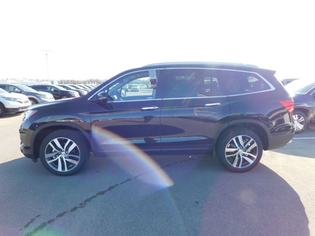 Dealer Video - 2018 Honda Pilot Touring AWD - 17528952